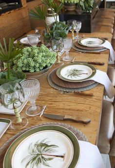 Barbecue decoration: 50 ideas for organizing and decorating Healthy Foods To Eat, Healthy Snacks, Healthy Recipes, Beautiful Table Settings, Dinning Table, Deco Table, Fine Dining, Tablescapes, Dinnerware