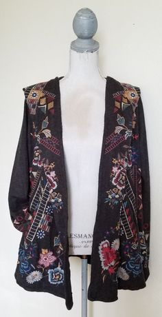 BIYA JOHNNY WAS CAPE SWEATER MULTI COLOR EMBROIDERY WITH HOOD SIZE S #BIYAJOHNNYWAS #sweater #johnnywas #fashion #airportfashion #style #jeans #shorts #shoes #boots #embroidery