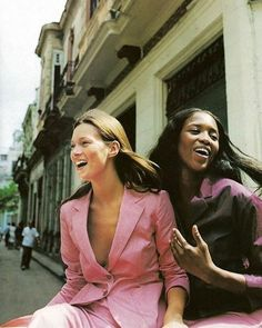 #VintageBazaar Pink moment with supermodels #KateMoss and @naomicampbell  Harper's Bazaar May 1998 shot by Patrick Demarchelier. #bazaarthailand #harpersbazaarthailand #thinkpink  via HARPER'S BAZAAR THAILAND MAGAZINE OFFICIAL INSTAGRAM - Fashion Campaigns  Haute Couture  Advertising  Editorial Photography  Magazine Cover Designs  Supermodels  Runway Models