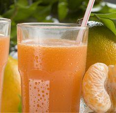 """Jueves de antojo... Disfruta hoy de un delicioso """"JUGO DE MANDARINA"""" de la #reposteriaastor www.elastor.com.co"""