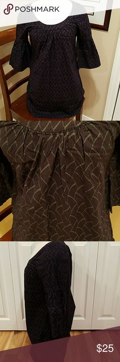 PURPLE FRENCH CONNECTION TUNIC! Gorgeous eggplant colored TUNIC top. SIZE 6. Sleeves hit at elbow. Scoppneck collar. Gently worn in very good condition! French Connection Tops Tunics