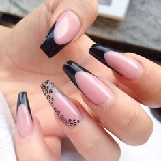 These nails are absolutely flawless. Sexy Nails, Dope Nails, Fancy Nails, Best Acrylic Nails, Acrylic Nail Designs, Stylish Nails, Trendy Nails, Nagellack Design, Leopard Print Nails