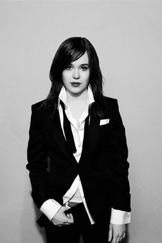 Ellen Page - Ummmm, how have I never seen this pic of my Hollywood girlfriend??  HOT!