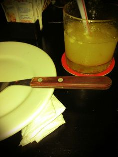 Caipirinha de Abacaxi, bar Na Moral (Foto Cintia SIbucs)