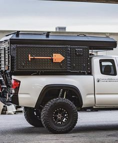 Survival camping tips Pop Up Truck Campers, Pickup Camper, Camper Trailers, Pickup Trucks, Ford Ranger, Nissan Navara, Cool Truck Accessories, Defender Camper, Truck Bed Storage