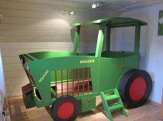 traktor trecker bett kinderbett diy zeigherdeinkinderzimmer pinterest kinderbetten. Black Bedroom Furniture Sets. Home Design Ideas