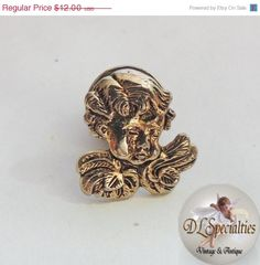 Holiday Sale Victorian Vintage Jewelry Angel Pin by DLSpecialties, $8.40
