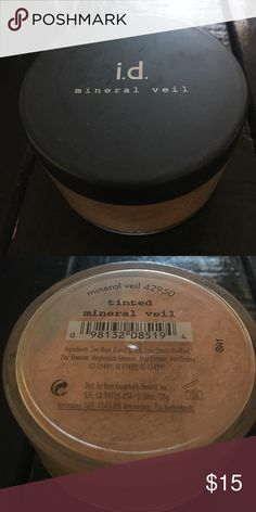 Bare Minerals Tinted Mineral Veil Bare Minerals Tinted Mineral Veil Powder (42950). Never used Bare Escentuals Makeup Face Powder