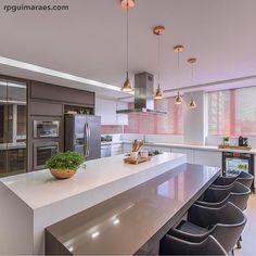 """6,620 Likes, 52 Comments - Por Carol Cantelli (@decoremais) on Instagram: """"Tabooom pra vc? Pq pra mim, !! Hahaha que sonho de cozinha!! Projeto: Chris Brasil Arquitetura…"""""""