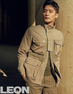 Sung Hoon For March 2018 Fashion Magazine Leon Cute Asian Guys, Asian Boys, Asian Men, Cute Guys, Korean People, Korean Men, Asian Actors, Korean Actors, Sung Hoon My Secret Romance