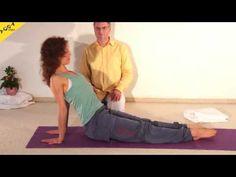 Yoga Anfängerkurs 10 Wochen - 3. Kurswoche Video 3A - mein.yoga-vidya.de - Yoga Forum und Community Die dritte Kursstunde des zehnwöchtigen Yoga Anfängerkurses. Ratschläge zu Atmung im Alltag, zu Atemübungen, Pranayama, Erhöhung der Energie. Atemübungen im Alltag: Auflade-Übung, Lampenfieber-Transformation, Ärger-Transformation - alles gleich zum Mitmachen. Dann leiten Sukadev und Kerstin an zu einer Yogastunde