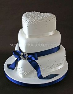 Wedding Cake - Navy Ribbon with Piped Dots and Brooch - Fancy Cake Beautiful Wedding Cakes, Gorgeous Cakes, Pretty Cakes, Cute Cakes, Amazing Cakes, Heart Shaped Cakes, Heart Shaped Wedding Cakes, Wedding Cake Designs, Wedding Ideas
