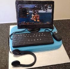 Computer cake  ...  Like us on Facebook at https://www.facebook.com/chaoscakes1