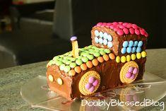 In dieser Serie stelle ich Euch die coolsten Smarties Geburtstagskuchen vor :-) Nebst dem Schmetterling und dem Regenbogenfisch zeige ich Euch heute den Favoriten unseres Jungen: Die Lokomotive!