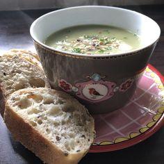 Een makkelijk, gezond en vegetarisch recept voor de maand juni. Juni, Cheeseburger Chowder, Soup, Soups