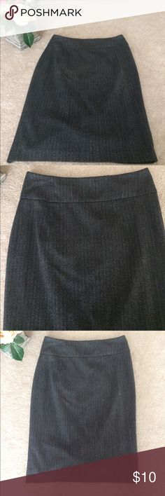 Beautiful Pencil Skirt from Target Size 2 In perfect condition size 2 gray pencil skirt perfect for work!! Offers welcomed! Mossimo Supply Co Skirts Pencil