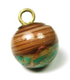 ButtonArtMuseum.com - Antique Glass Ball Waistcoat Button