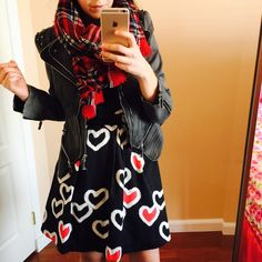 Curvy Outfit Ideas | Petite Outfit Ideas | Plus Size Fashion | Summer Fashion | OOTD | Professional Casual Chic Fashion and Style Inspiration | How to Style Black Dress for Winter