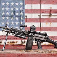 #Repost @cornbred15  Merica! Happy Fourth of July! #july4th #4thofjuly #merica @fn_america M249S for me. @vortexoptics SPARC AR #fn_america #fn #556 #vortexoptics #weaponsdaily #weaponsfanatics #rifleholics #igmilitia #instaguns #proud2protect #sickguns #saw #249saw #ddub_militia #daily_badass #firearmphotography #gunporn #gunsdaily #georgia #cornbredcountry