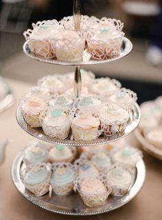 Cupcakes elegantes para una boda, un bautizo, una comunión... / Elegant cupcakes for a baptism, a wedding, a communion party