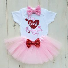 Your home to purchase and promote all issues handmade Your home to purchase and promote all issues handmade ,Child DIY picture 0 day day outfits day outfit concepts outfit concepts outfits day outfit day make-up outfit At some point a 12 months, … First Valentines Day Baby, Baby Girl Valentine Outfit, Valentines Outfits, Holiday Outfits, Birthday Gifts For Girls, Girl Birthday, Valentine's Day Outfit, Stylish Baby, Cute Baby Clothes