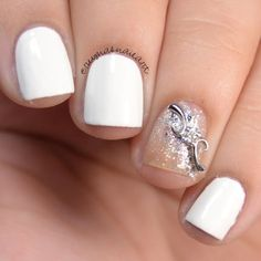 Dimonds Nails : Preen Me VIP Reyna definitely found the perfect combination for bridal mani. She