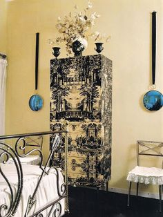 The Devoted Classicist: Villa Fornasetti