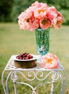 Google Image Result for http://thebridescafe.com/images/content/Coral%2520Peonies,%2520Cherries.jpg