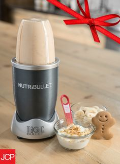 This holiday season, try a whole new twist on gingerbread cookies with your Nutribullet® blender. It'll put the spirit of Christmas in a smoothie that's guaranteed to add some jolly to your step. Just whirl these simple ingredients together and enjoy:   1 banana 1 cup milk 2 -3 tsps molasses 1⁄4 tsp ground ginger 1⁄4 tsp cinnamon