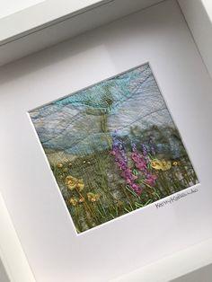 Framed textile art flowers / Cheesecloth Art Art Flowers, Flower Art, Fiber Art Quilts, Cheesecloth, Quilted Wall Hangings, Textile Art, Summer Days, Textiles, Artists