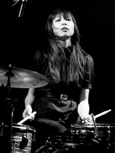 Sandy Vu, Dum Dum Girls