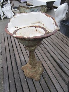 Cast Iron Victorian Pedestal Sink
