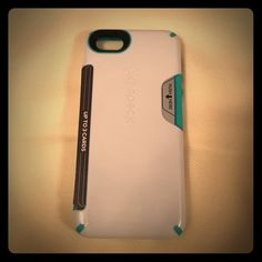 Speck white & turquoise iPhone 4S case Holds your credit cards and ID and protects your phone! Brand new Speck case for the iPhone 4s. Never used! Speck Accessories Phone Cases