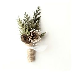 winter weddings, winter flowers, winter wedding bouquets.  boutonniere