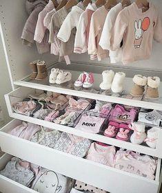 Baby girl closet ideas baby closet organization tips and nursery Baby Bedroom, Baby Room Decor, Nursery Room, Girl Nursery, Nursery Ideas, Room Baby, Garden Nursery, Girl Decor, Child's Room