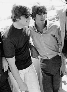 John Lennon and George Harrison ~ John looks extremely gorgeous here. <3