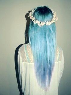 Pastel blue hair & daisy chains