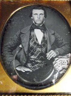 1-6-plate-DAGUERREOTYPE-Handsome-Young-Man-Gentleman-Fancy-Plaid-Vest-Photograph