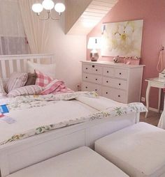 Pink walls and Ikea bedding for girl's room.