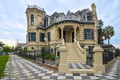 Historic Trube Castle in Galveston, TX Galveston Texas, Galveston Island, Old Abandoned Houses, Old Houses, Abandoned Mansions, Abandoned Places, The Places Youll Go, Places To Go, Texas Vacations