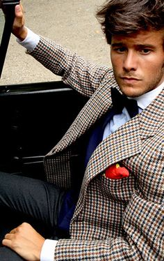 Houndstooth and a Bowtie