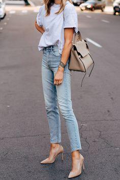 Fashion jackson my favorite way to wear jeans fashion group, i love fashion Street Style Outfits, Mode Outfits, Stylish Outfits, Fashion Outfits, Womens Fashion, Fashion Tips, Jeans Fashion, Classic Outfits, Fashion Trends