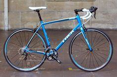 Very good value, ideal for anyone looking for a first road bike, with just the brakes as a low point