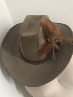 VINTAGE WESTERN Cowboy or Cowgirl Hat 999c25024303