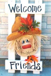 Picket Fence Scarecrow Patten Packet by Twiddlebugz on Etsy budget halloween diy… Fall Wood Crafts, Autumn Crafts, Thanksgiving Crafts, Holiday Crafts, Fall Halloween, Halloween Crafts, Halloween Decorations, Vintage Halloween, Halloween Party
