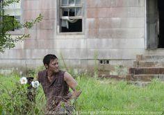 "The Walking Dead ""Cherokee Rose"" S2EP4"