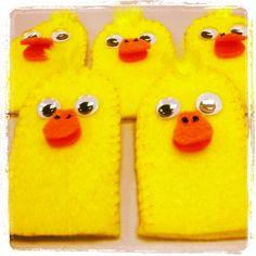 Flannel Friday (in finger puppet form): 5 Little Ducks