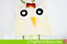 Making of owl sandwiches