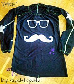 """Schnitt """"Imke"""" von MamuDesign. Aus Jersey mit Kunstlederapplis. Achtung: Mustache-Alarm!!!"""