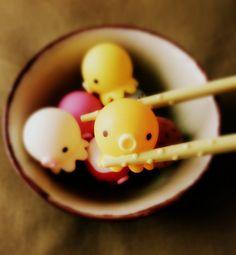 kawaii cute vinyl toy japan japanese chopsticks takochu octopus